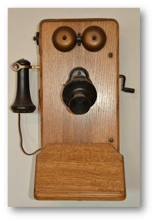 In the 50s and 60s my Aunt had a phone like this in their house on the farm.