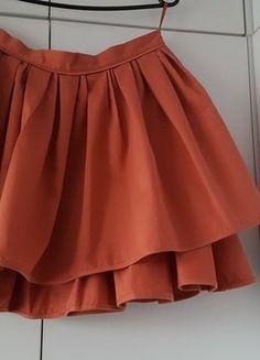 Kup mój przedmiot na #vintedpl http://www.vinted.pl/damska-odziez/spodnice/16447014-oryginalna-krotka-pomaranczowa-spodnica-hm