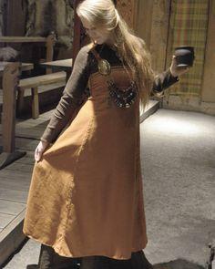 """djuune: """" ✨ #vikingdress #lofotr #vikingreenactment #redhead #reenactment #historical #vikingclothing #viking #lofotrvikingmuseum #vikingbling #vikings #vikingstyle #norse """""""