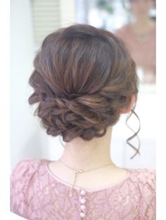 ショートボブのねじりアップ Graduation Hairstyles, Bride Hairstyles, Bridal Hairdo, Hair Arrange, Fries, Hair Reference, I Feel Pretty, Prom Hair, My Hair
