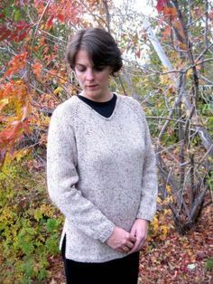 Knitting Pure and Simple Women's Sweater Patterns - 996 - Bulky V Neck Pullover Pattern