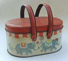 Vintage 1930's Circus Tin lunchbox.