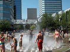 Salmon Street Springs in Tom McCall Waterfront Park, Portland, Oregon.