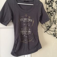 Express Clothing Graphic Tee Super cute graphic tee by Express. Features short sleeves and scoop neck. No Trades ✔️Reasonable offers considered✔️ Express Tops Tees - Short Sleeve