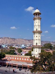 the Tripolia Bazaar is a beacon in the old city of Jaipur #TravelPlace #Tourism #Heritage #Religious #CityShorJaipur