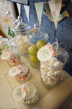Wypożyczenie i dekoracja Candy Bar.