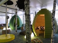 Gone are the days when offices were typically cubicle, surrounded by white walls and lit by white fluorescent lights. Thanks to corporate giants like Google and Pixar that have demonstrated tremendous success despite their unconventional workplaces, more people are embracing the idea that creative work environment helps stimulate minds and inspire innovation.