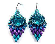 Mini Peacock Eye Ombre Blue Purple Beaded Earring Feather