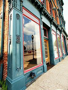 Downtown Henderson, KY is a vibrant part of our community. Come visit us.