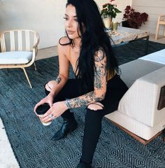Sleeve Tattoos for Women Best Tattoo Sleeve Ideas For Women Fantastic Half and Full Sleeve Tattoos for Women images Ideas Designs for Girls 2019 2020 Tattoo Girls, Girl Tattoos, Tatoos, Sexy Tattoos, Body Art Tattoos, Feminine Tattoos, Piercing Tattoo, Piercings, Hairstyles For School