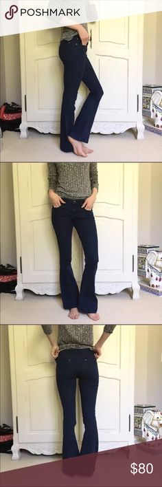 """Free People Flare Stretch Denim Oxanna Love this beautiful pair of classic Free People pull-on flare jeans. Features a clean silhouette with extreme flare and perfect stretch. Inseam 28.5 (hemmed to fit me as I am approx 5'4"""") Similar to Oxanna style, only the denim version. New without tag Free People Jeans Flare & Wide Leg"""