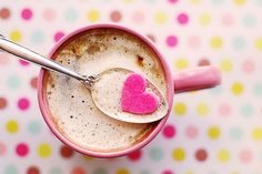 Hot chocolate pink heart candy polka dots Postcard Source by giftsbyjuliet Valentines Day Desserts, Happy Valentines Day, Valentine Special, Tim Hortons, Budget Planer, Kakao, Breakfast For Kids, Breakfast Ideas, Hot Coffee
