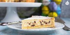 Una crostata con ricotta, scorza d'arancia e gocce di cioccolato... Dire che è buonissima non rende l'idea: cremosa, aromatica, morbida, da servire a Pasqua