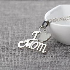 New Gifts For Mom Jewelry Heart 38 Ideas Unique Gifts For Her, Gifts For Your Mom, Gifts For Teens, Gifts For Wife, Mother Day Gifts, Mom Gifts, Teacher Gifts, Coupons For Boyfriend, Diy Gifts For Boyfriend
