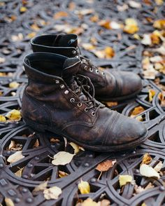 The Iron Ranger boot is named for the tough and hard-working people of the Mesabi Iron Range, a mining region in northern Minnesota. Hibbing, a mining town on the Mesabi Range, is childhood home to another famous iron ranger, musician and Nobel poet laureate, Bob Dylan.