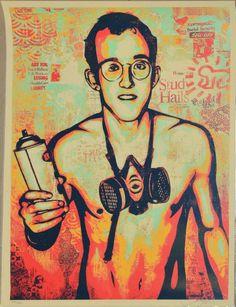 J'ai repéré ce lot sur LotPrivé: Art Contemporain - D'après Shepard FAIREY, Keith Haring, 2010Sérigraphie en couleurs, n° 373/ 450, signée en bas à droite, 61 x 46 cm