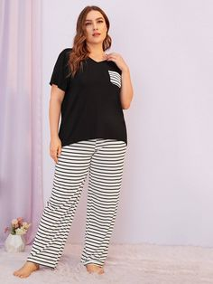 To find out about the Plus Striped Patch Pocket Pajama Set at SHEIN, part of our latest Plus Size Pajama Sets ready to shop online today! Plus Size Pyjamas, Pijama Plus Size, Plus Size Fall, Looks Plus Size, Plus Size Womens Clothing, Plus Size Fashion, Clothes For Women, Plus Size Dresses, Plus Size Outfits