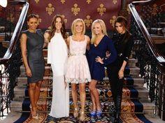 Las Spice Girls actuarán en el acto de clausura de los Juegos Olímpicos (Foto: AP | Diario Uno) | Leé la nota completa en http://www.pilarenlaweb.com.ar/2012/07/las-spice-girls-actuaran-en-el-acto-de.html