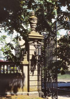 The Elms Mansion in Newport, Rhode Island. Newport Rhode Island, Newport Beach, Gilded Age, Iron Gates, Cottage Design, Garden Gates, Historic Homes, 18th Century, Future House