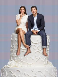 NBC - Marry Me - Casey Wilson and Ken Marino (Annie and Jake) --cake by Hello Sunshine.