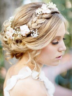Coiffure mariage : {Bridal Hair} 25 Wedding Upstyles and Updos Wedding Hair And Makeup, Hair Makeup, Hair Wedding, Boho Wedding, Wedding Braids, Trendy Wedding, Wedding Flowers, Elegant Wedding, Perfect Wedding