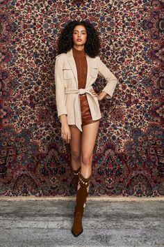Alice Olivia, 2020 Fashion Trends, Fashion News, Fashion Show, Fashion Brands, High Fashion, Vogue Paris, Vogue Mexico, Girl Running