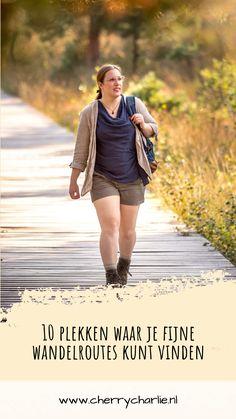Heb je door al die fijne outdoor artikelen van de laatste tijd flink zin in wandelen gekregen, maar heb je geen idee waar je mooie wandelroutes kunt vinden? I've got you covered. In deze blogpost heb ik 10 websites, apps en wandelwebshops voor je verzameld. Enjoy! Lifestyle Blog, Apps, Jackets, Fashion, Down Jackets, Moda, Fashion Styles, App, Fashion Illustrations