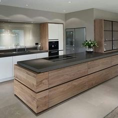 Ideas Best Kitchen Designs Top Trends Popular this Year - мраморным кафелем в светлых тонах Bathroom with marble tiles in bright - Modern Kitchen Interiors, Luxury Kitchen Design, Kitchen Room Design, Modern Kitchen Cabinets, Best Kitchen Designs, Home Decor Kitchen, Modern House Design, Interior Design Kitchen, Kitchen Furniture
