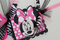 Hey, I found this really awesome Etsy listing at https://www.etsy.com/listing/91689713/minnie-mouse-name-banner-in-hot-pink-and