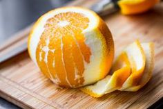 How to Make Essential Oils From Orange Peels | LEAFtv