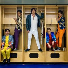 Family Force 5 | Crouton, Nadaddy, Fatty, ChapStique and Hollywood | Ooooo cubbies #casualaftershowphotoshoot <----- Nadaddy and Chappy's working it. Lol!