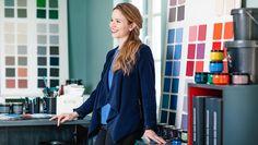 Anna an ihrem Lieblingsplatz - ihrem Atelier!