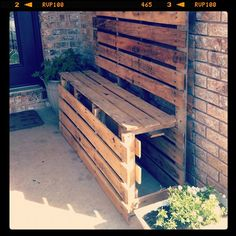 Pallet bench for front entry way