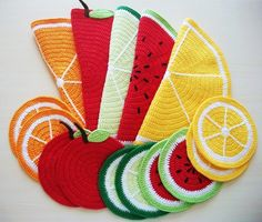 Kit for coasters and pot rests Crochet Potholders, Crochet Purses, Freeform Crochet, Knit Crochet, Crochet Designs, Crochet Hedgehog, Crochet Keychain Pattern, Crochet Food, Hot Pads
