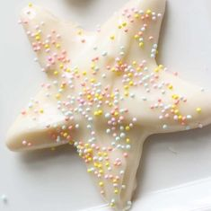 The Best Sugar Cookie Icing Recipe + Techniques | Julie Blanner Iced Sugar Cookie Recipe, Best Sugar Cookie Icing, Iced Sugar Cookies, Eggnog Recipe, Christmas Desserts, Christmas Baking, Christmas Dishes, Holiday Baking, Christmas Cookies