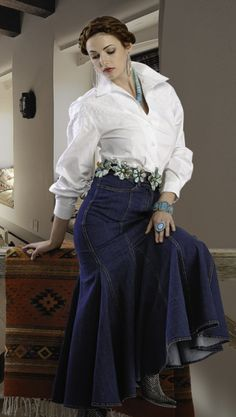 ROJA DENIM MERMAID SKIRT! Cowgirl Style, Cowgirl Fashion, Western Wear For Women, Mermaid Skirt, Summer Wear, Summer Outfits, Western Outfits, Clothes For Women, My Style