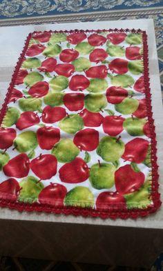 toalha de cozinha  com bico em crochet