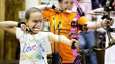 Hunger Games fever makes archery cool for kids