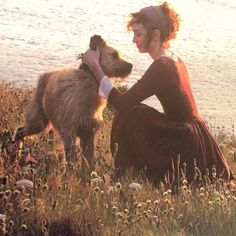 """Poldark"" 2015, tv series: Demelza with Gerrick (Eleanor Tomlinson with her own dog playing Gerrick)."