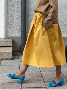 Looks Style, Style Me, Cotton Skirt, Cotton Fabric, Mode Inspiration, Mode Outfits, What To Wear, Autumn Fashion, Dress Up