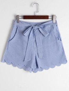Scalloped Hem Bowknot Striped Shorts - Blue Stripe M