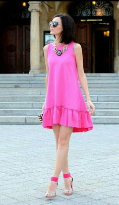 Pretty Summer Pink Dress ♔Life, likes and style of Creole-Belle ♥ Pink Fashion, Love Fashion, Fashion Dresses, Womens Fashion, Net Fashion, Fashion Details, Street Fashion, Cute Dresses, Casual Dresses