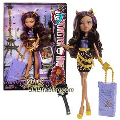 Mattel Year 2012 Monster High Scaris City of Frights Deluxe Series 11 Inch Doll - Clawdeen Wolf with Rolling Suitcase, Book, Hairbrush and Doll Stand