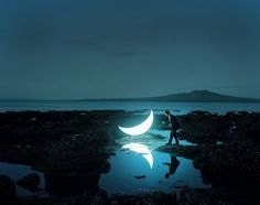 지구에 떨어진 달.