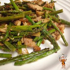 """""""@FlavorGod pan seared chicken and asparagus by @civilizedcaveman so easy and delicious. Great job @civilizedcaveman  Today for lunch I took the leftover…"""""""