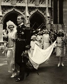 Edwina Ashley & Lord Mountbatten 1920s Wedding. Image via the National Portrait Gallery.