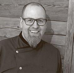 *** Kochkurse mit Tobias Mucha in Mayers Küchenmanufaktur ***  Endlich stehen sie fest, die Termine für unsere Kochkurse mit Eventkoch Tobias Mucha. Von Juli bis November zeigen wir euch, wie vielseitig und spaßig Kochen sein kann. Lasst euch von unseren fünf Themen begeistern und meldet euch gleich an! 🍴🔪  Alle Infos findet ihr hier: http://www.moebelmayer.de/index.php?Kochkurse-mit-Tobias-Mucha