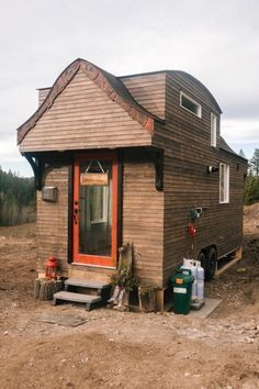 Simply Beautiful In Every Way: The Offgrid Esk'et Tiny House.  #TinyHouseforUs
