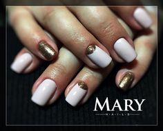 """1 kedvelés, 1 hozzászólás – Zelenyák Marianna (@maryzelenyak) Instagram-hozzászólása: """"#nails #nails #nailart #instanails #nailstagram #crystalnails #mukorom #műköröm #elegant #маникюр…"""""""