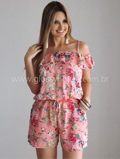 Swans Style is the top online fashion store for women. Shop sexy club dresses, jeans, shoes, bodysuits, skirts and more. Casual Dresses, Casual Outfits, Summer Outfits, Cute Outfits, Fashion Outfits, Womens Fashion, Floral Fashion, Fashion Design, African Dress